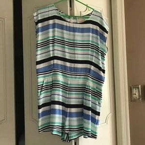 NWOT sail to sable silk romper - large
